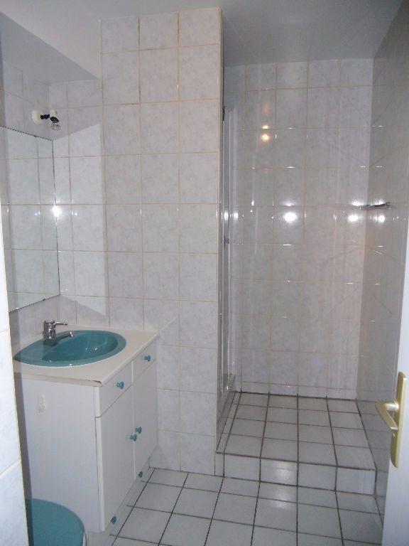 Appartement à louer 1 32.07m2 à Chelles vignette-6