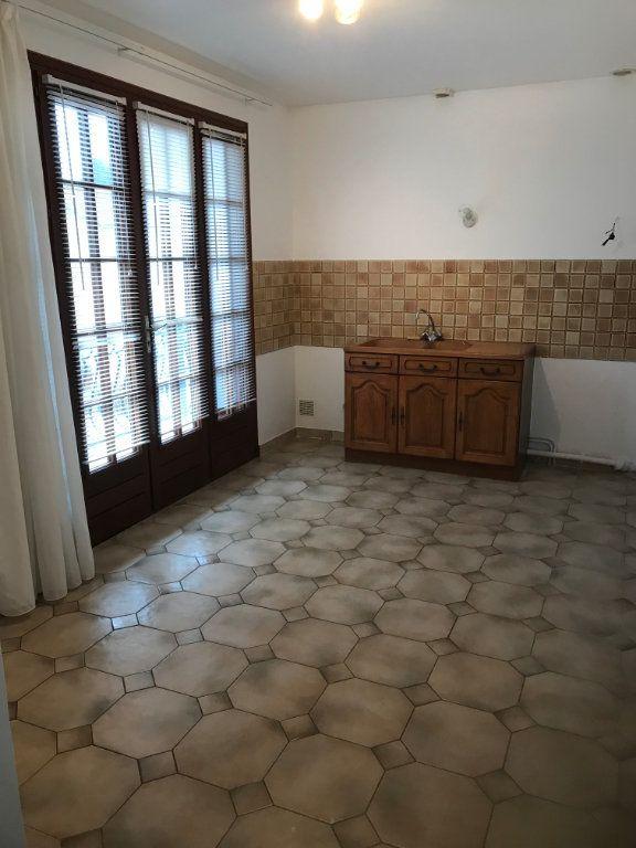Appartement à louer 3 71.76m2 à Sevran vignette-2
