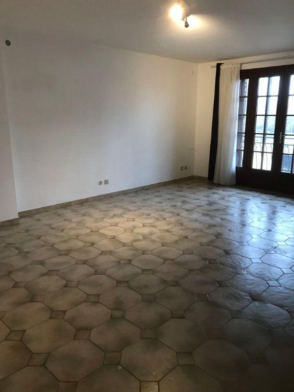 Appartement à louer 3 71.76m2 à Sevran vignette-4