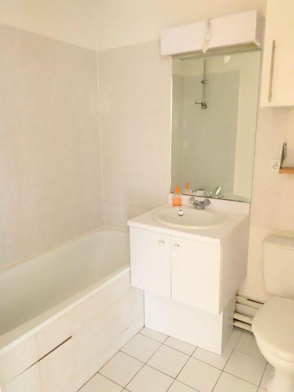 Appartement à vendre 2 31.06m2 à Chelles vignette-4