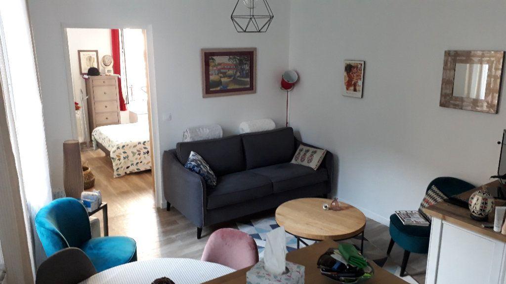 Appartement à louer 2 32.58m2 à Villemomble vignette-1