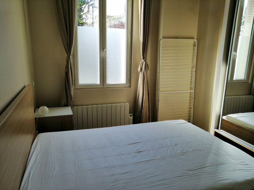 Appartement à vendre 2 26.03m2 à Chelles vignette-3