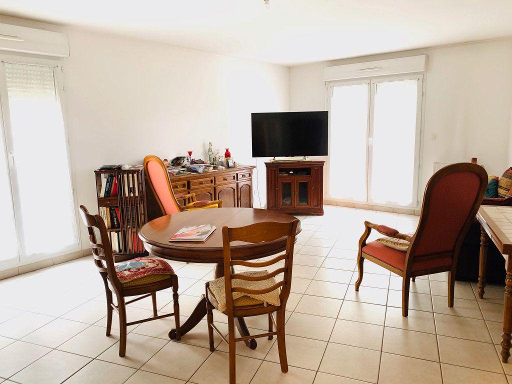Appartement à vendre 4 88.84m2 à Chelles vignette-2