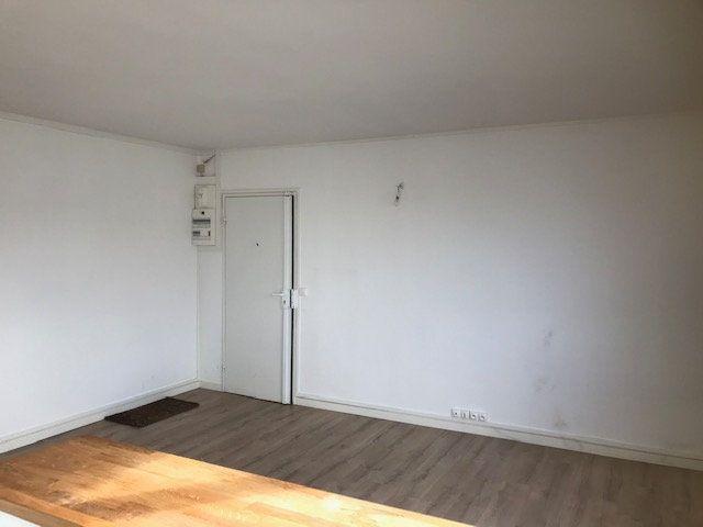 Appartement à louer 4 63m2 à Saint-Maur-des-Fossés vignette-3