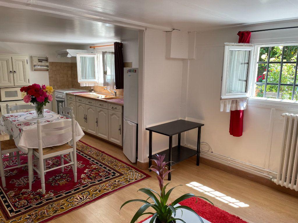 Appartement à louer 2 42.82m2 à Chelles vignette-2