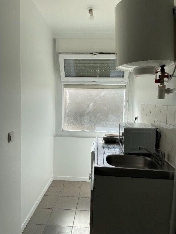 Appartement à louer 1 18.91m2 à Gagny vignette-3
