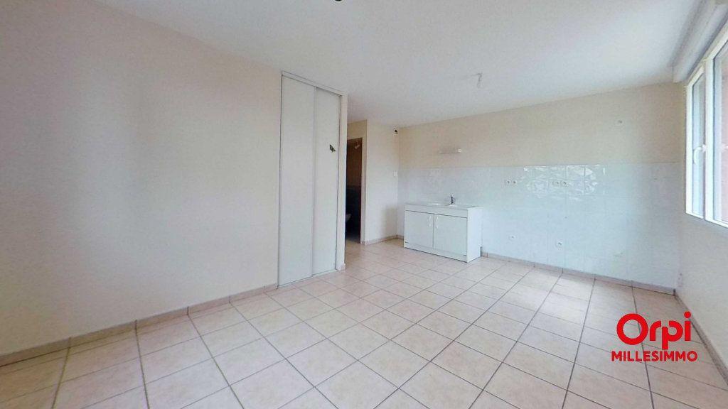 Appartement à louer 2 35m2 à Les Halles vignette-2