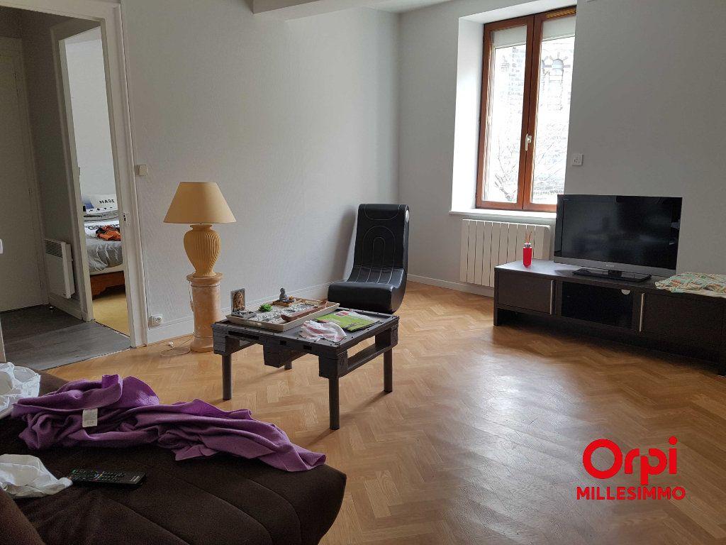Appartement à louer 3 54.58m2 à Saint-Martin-en-Haut vignette-2