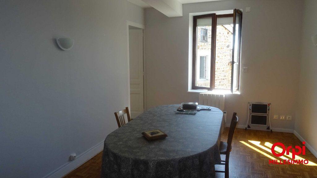 Appartement à louer 3 54.58m2 à Saint-Martin-en-Haut vignette-4