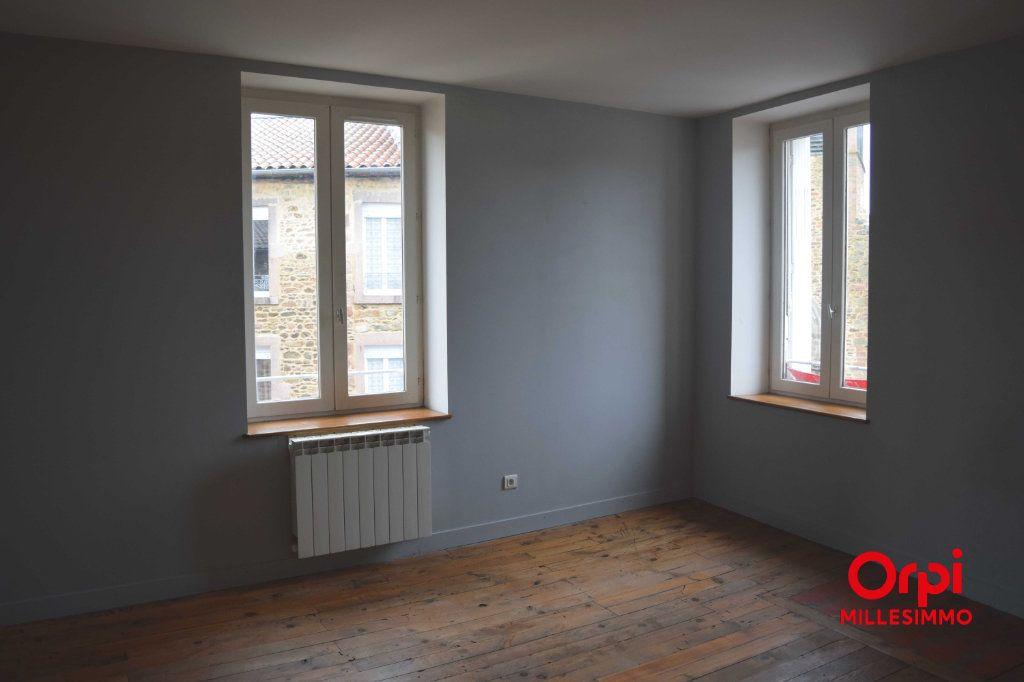 Appartement à louer 2 65m2 à Larajasse vignette-1