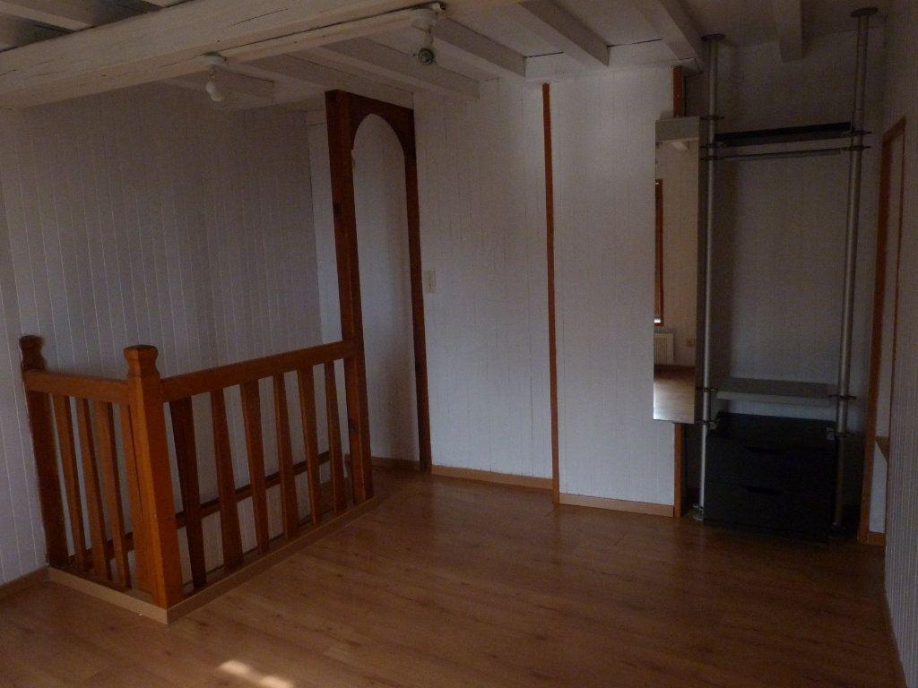 Appartement à louer 2 28m2 à Riverie vignette-4