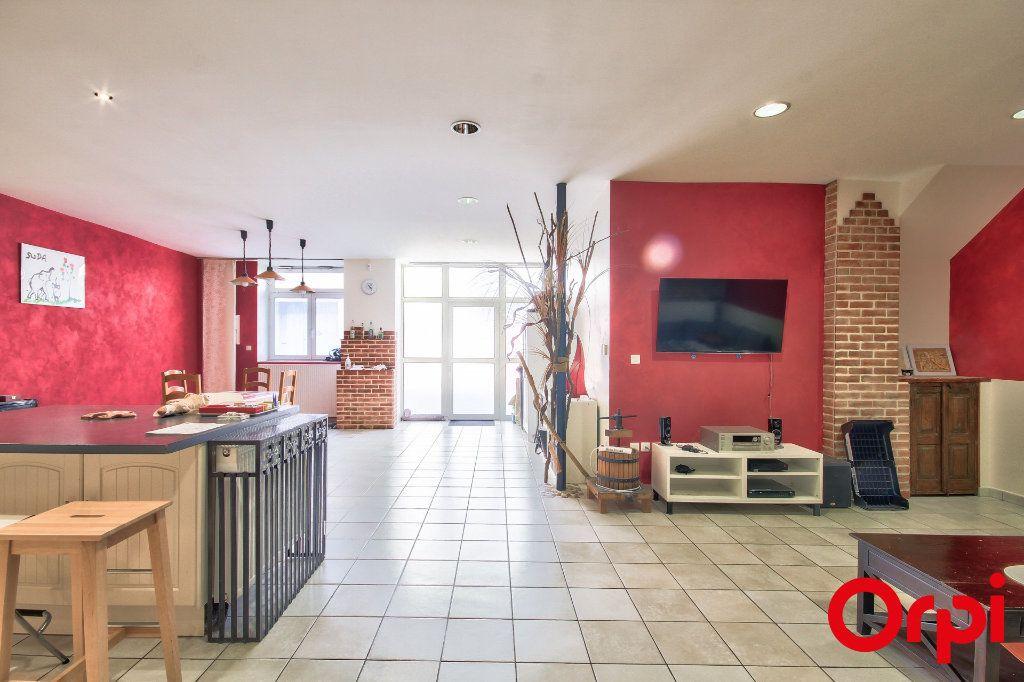Appartement à vendre 5 165m2 à Rive-de-Gier vignette-5