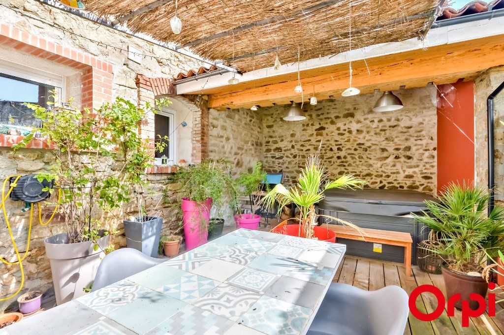Maison à vendre 4 106m2 à Saint-Laurent-d'Agny vignette-2
