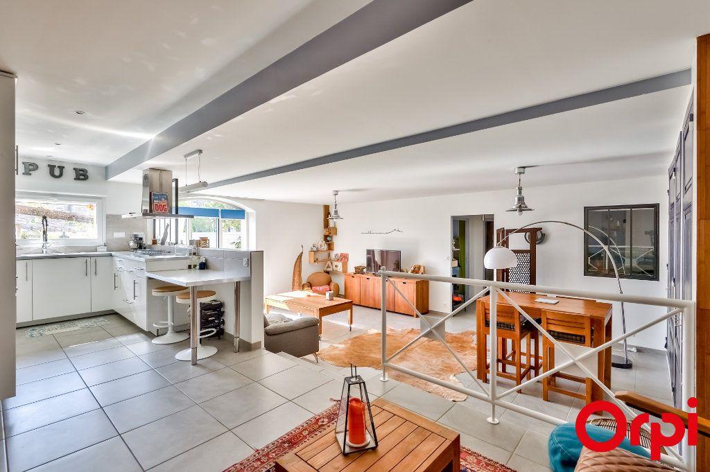 Maison à vendre 4 106m2 à Saint-Laurent-d'Agny vignette-6