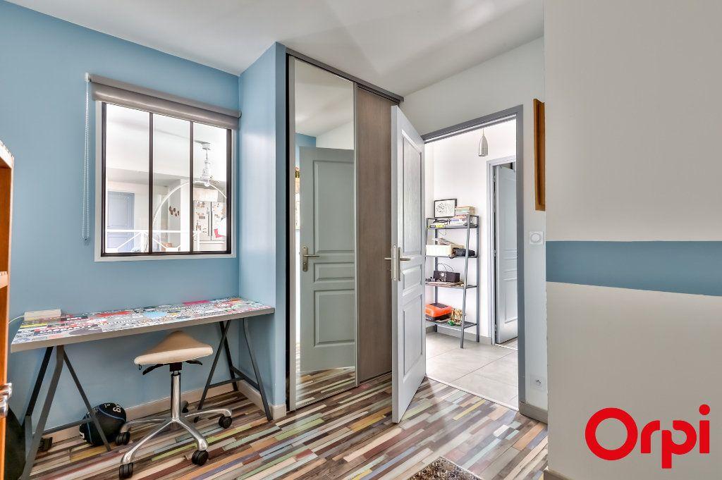 Maison à vendre 4 106m2 à Saint-Laurent-d'Agny vignette-9