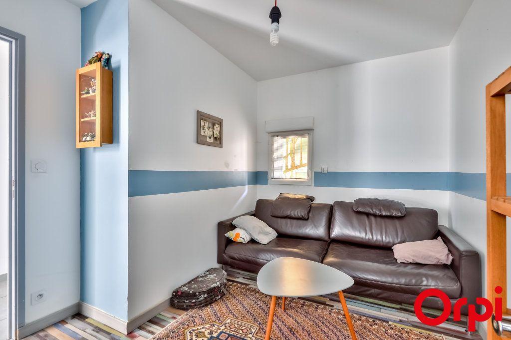 Maison à vendre 4 106m2 à Saint-Laurent-d'Agny vignette-10