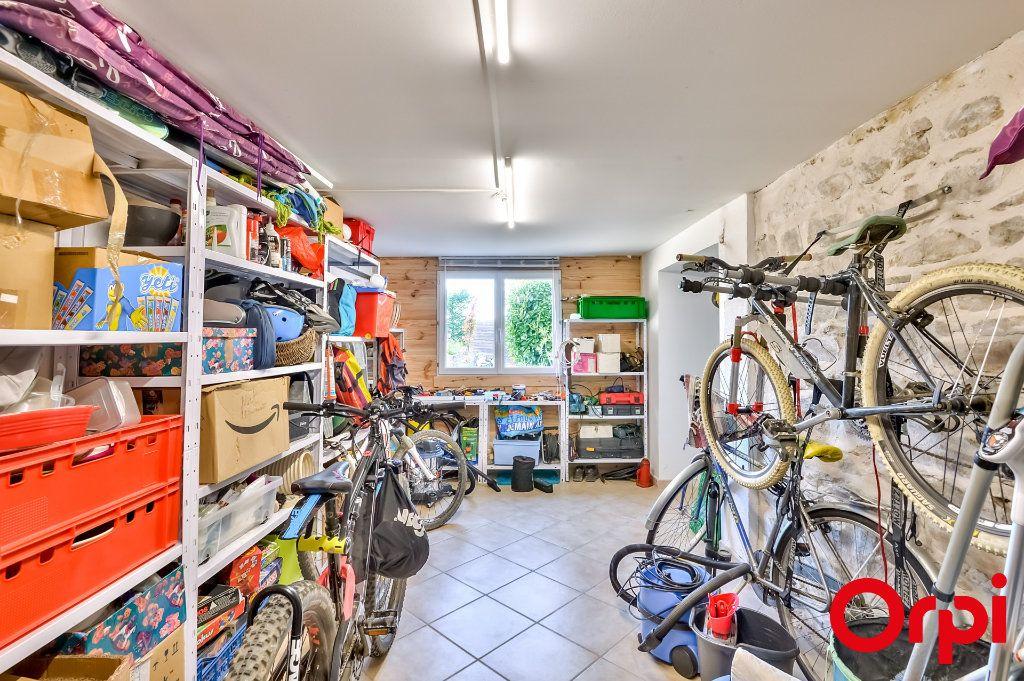 Maison à vendre 4 106m2 à Saint-Laurent-d'Agny vignette-12