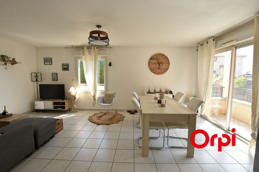 Appartement à vendre 2 57m2 à Saint-Laurent-d'Agny vignette-3