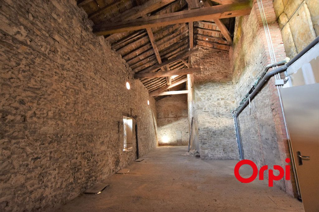 Maison à vendre 25 360m2 à Saint-Laurent-d'Agny vignette-7