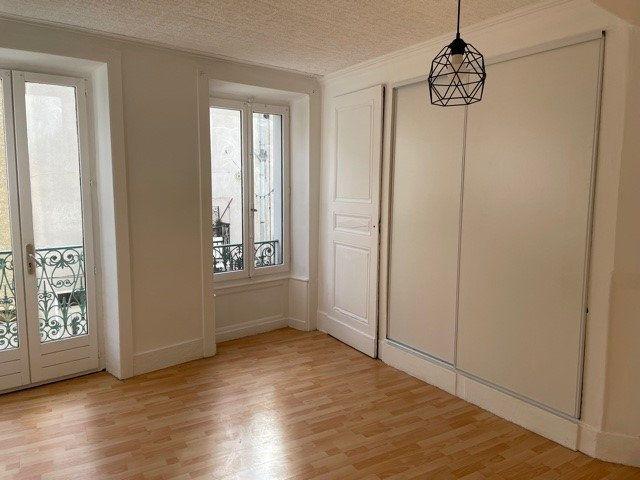 Appartement à louer 4 95m2 à Rive-de-Gier vignette-4