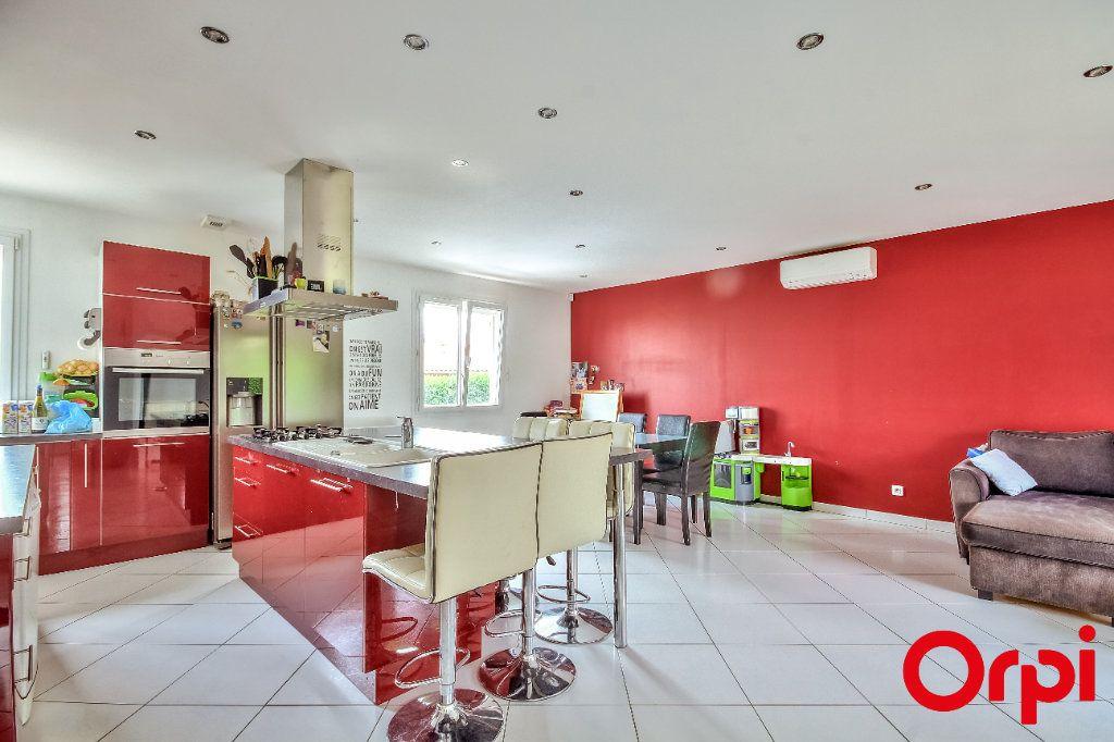 Maison à vendre 4 106m2 à Saint-Maurice-sur-Dargoire vignette-1
