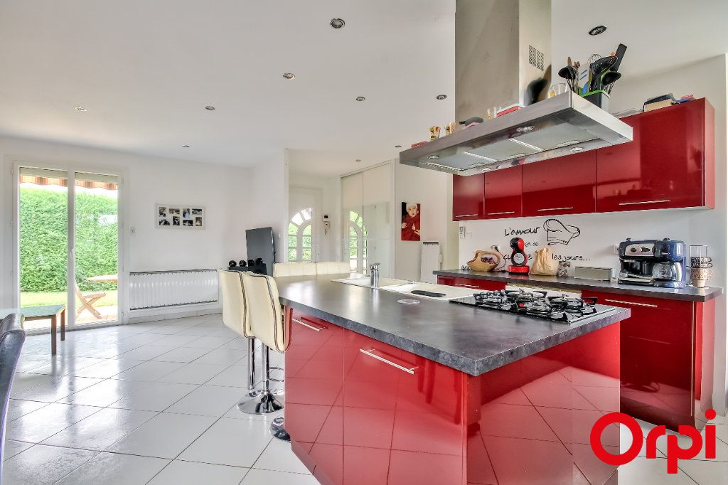 Maison à vendre 4 106m2 à Saint-Maurice-sur-Dargoire vignette-7