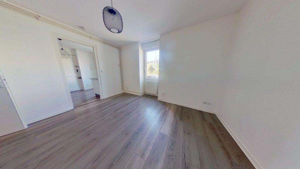 Appartement à louer 3 45m2 à Rive-de-Gier vignette-2