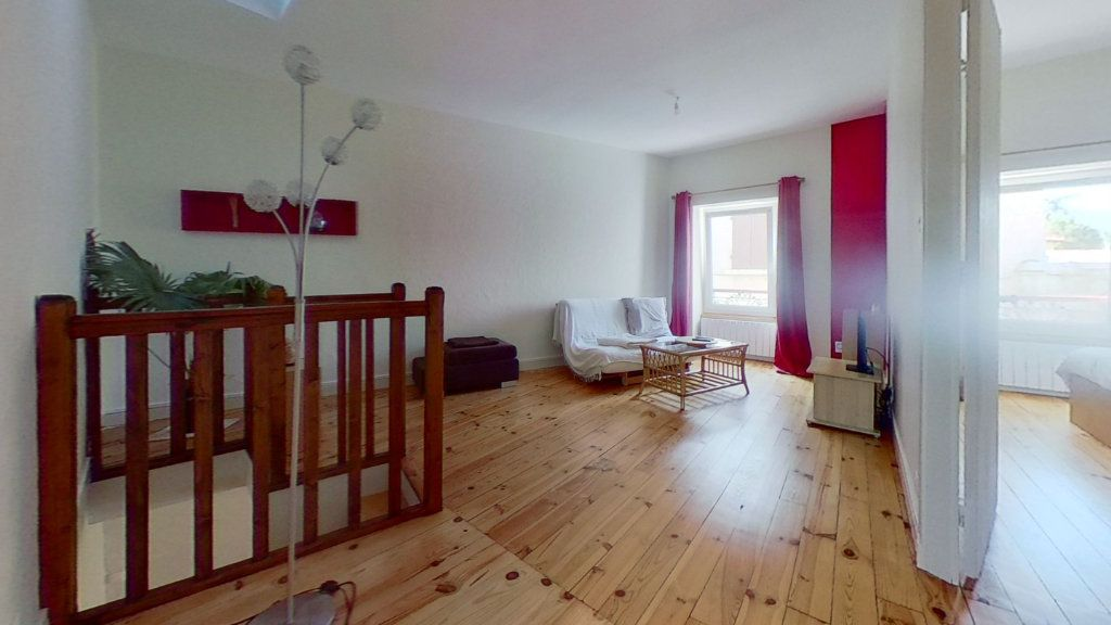 Appartement à louer 3 60m2 à Mornant vignette-1