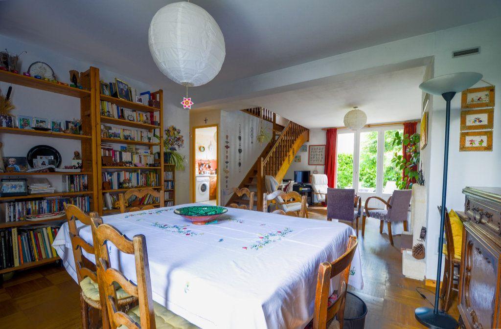 Maison à vendre 7 102m2 à Saint-Ouen-l'Aumône vignette-4
