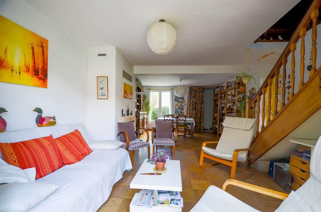 Maison à vendre 7 102m2 à Saint-Ouen-l'Aumône vignette-5