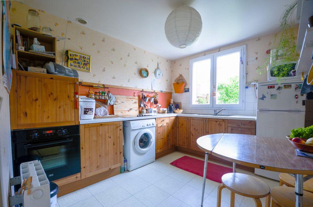 Maison à vendre 7 102m2 à Saint-Ouen-l'Aumône vignette-9