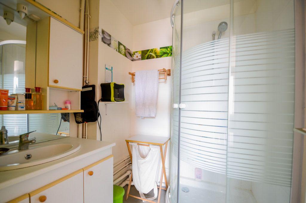 Maison à vendre 7 102m2 à Saint-Ouen-l'Aumône vignette-11