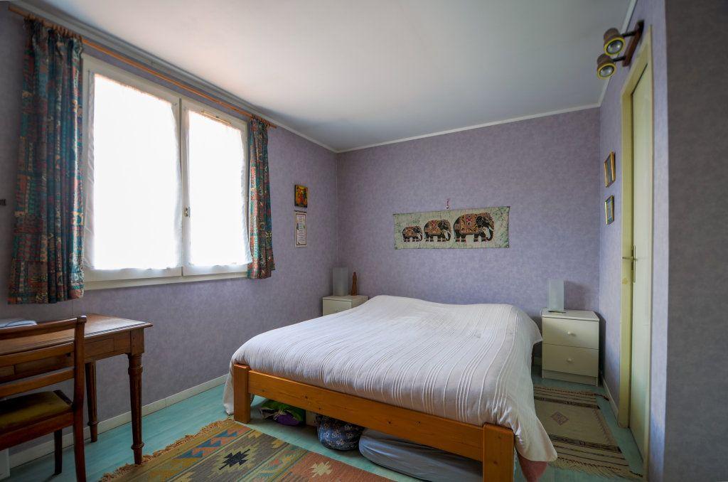 Maison à vendre 7 102m2 à Saint-Ouen-l'Aumône vignette-12