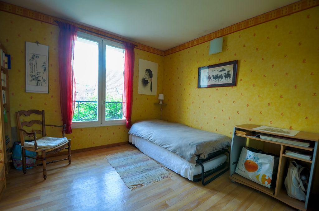 Maison à vendre 7 102m2 à Saint-Ouen-l'Aumône vignette-14