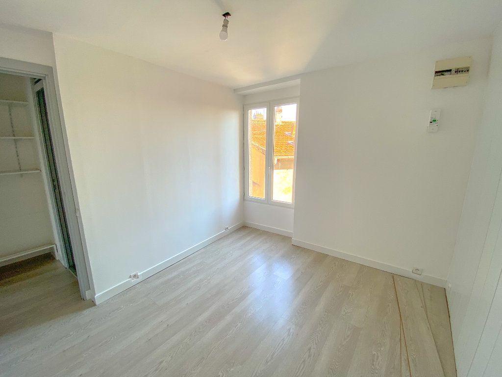 Appartement à vendre 2 43.75m2 à Saint-Ouen-l'Aumône vignette-3