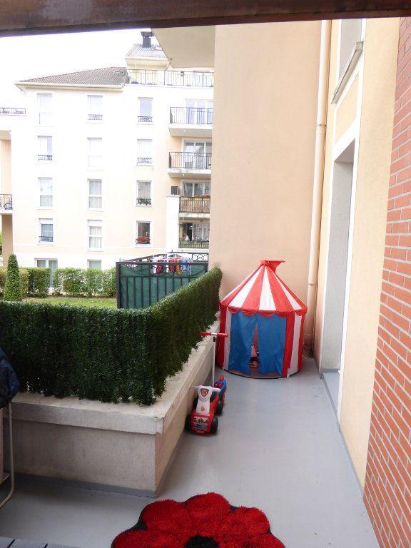 Appartement à vendre 3 67.41m2 à Saint-Ouen-l'Aumône vignette-8