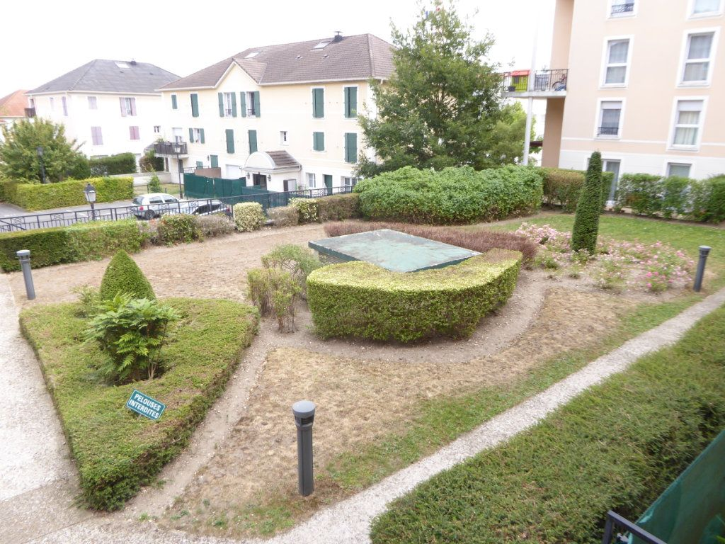 Appartement à vendre 3 67.41m2 à Saint-Ouen-l'Aumône vignette-9