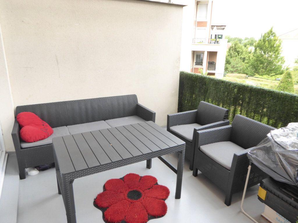 Appartement à vendre 3 67.41m2 à Saint-Ouen-l'Aumône vignette-10