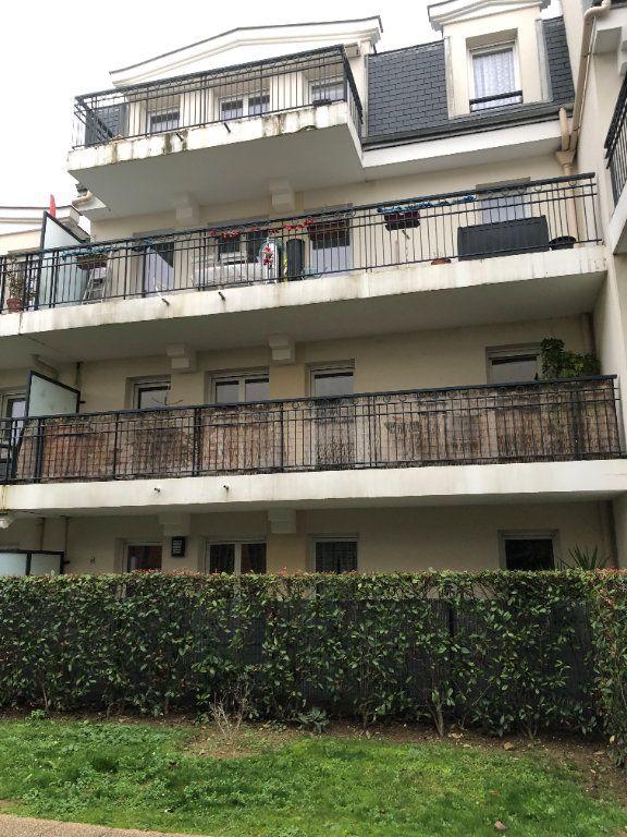 Appartement à louer 4 78.22m2 à Saint-Ouen-l'Aumône vignette-1
