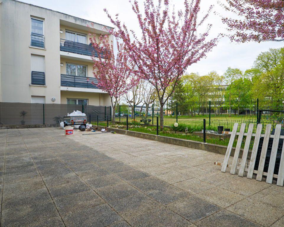 Appartement à vendre 2 34.15m2 à Saint-Ouen-l'Aumône vignette-5