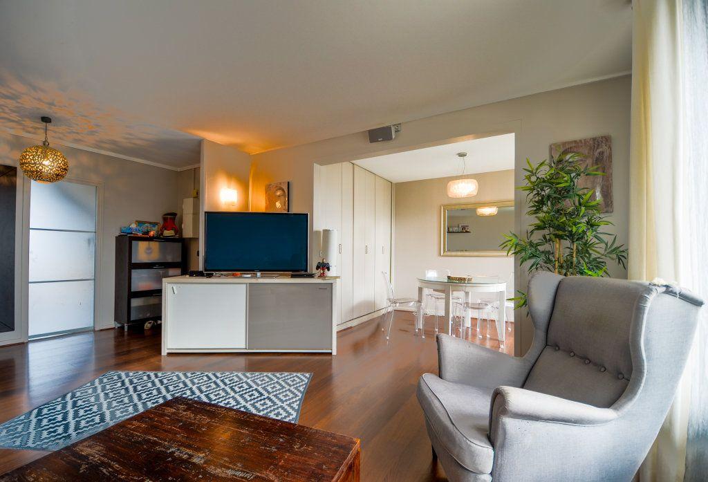 Appartement à vendre 5 93.22m2 à Saint-Ouen-l'Aumône vignette-2