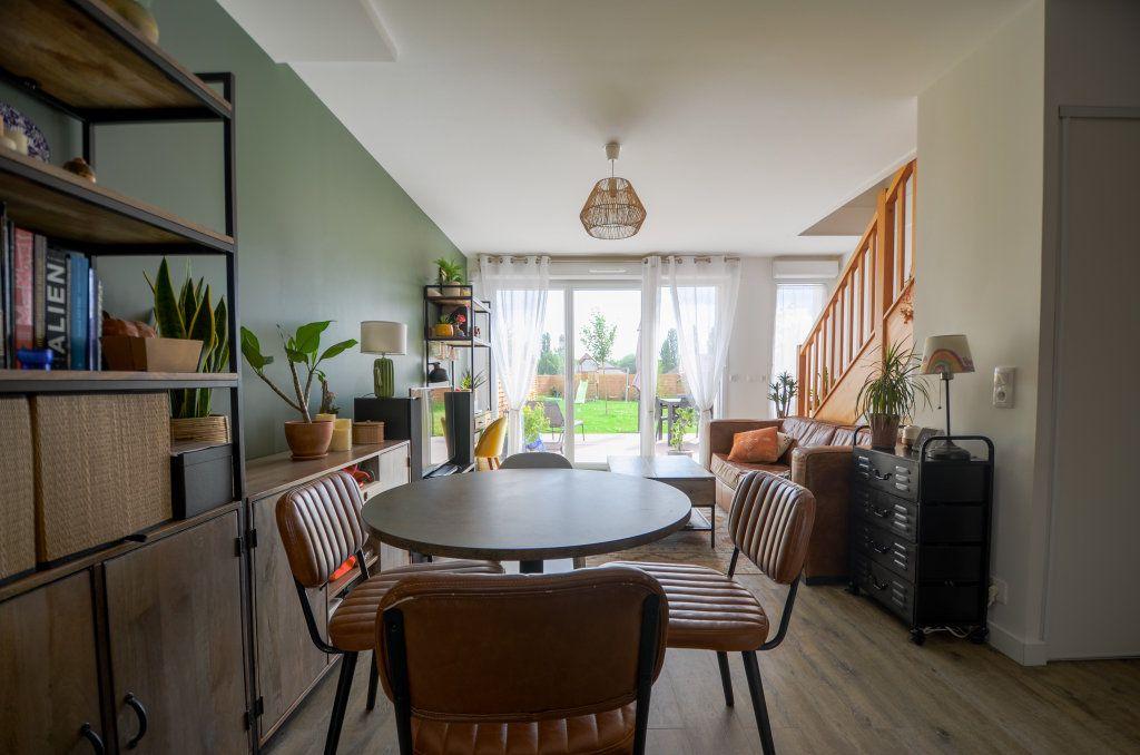 Maison à vendre 4 73.85m2 à Saint-Ouen-l'Aumône vignette-2