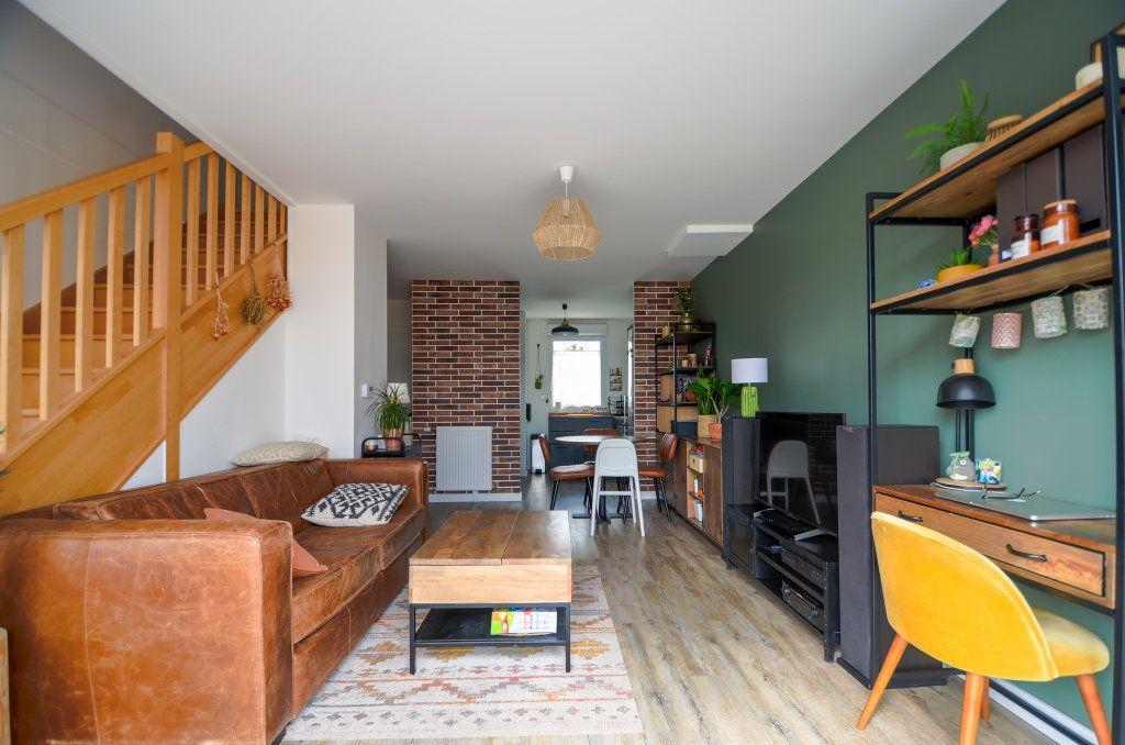 Maison à vendre 4 73.85m2 à Saint-Ouen-l'Aumône vignette-3
