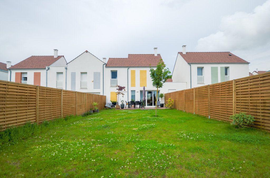 Maison à vendre 4 73.85m2 à Saint-Ouen-l'Aumône vignette-6