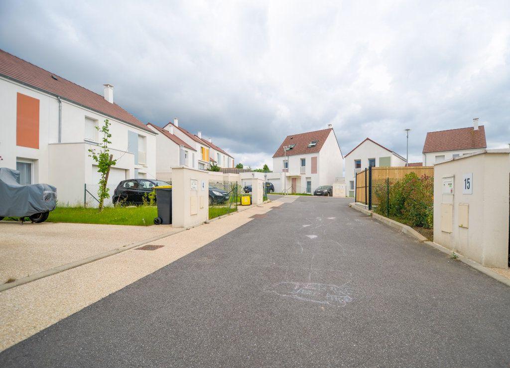 Maison à vendre 4 73.85m2 à Saint-Ouen-l'Aumône vignette-12