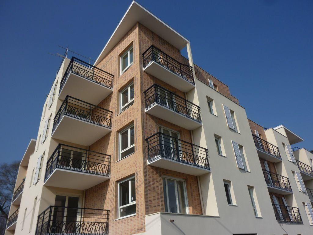 Appartement à louer 2 45.76m2 à Combs-la-Ville vignette-1
