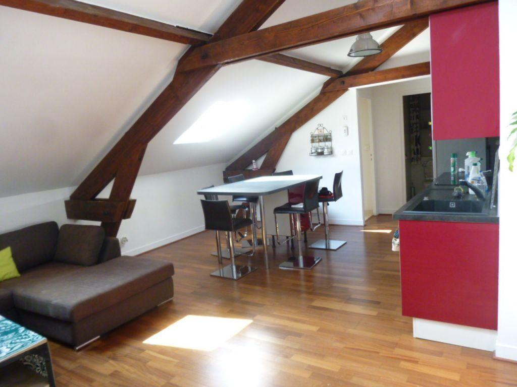 Appartement à louer 4 62m2 à Brie-Comte-Robert vignette-1