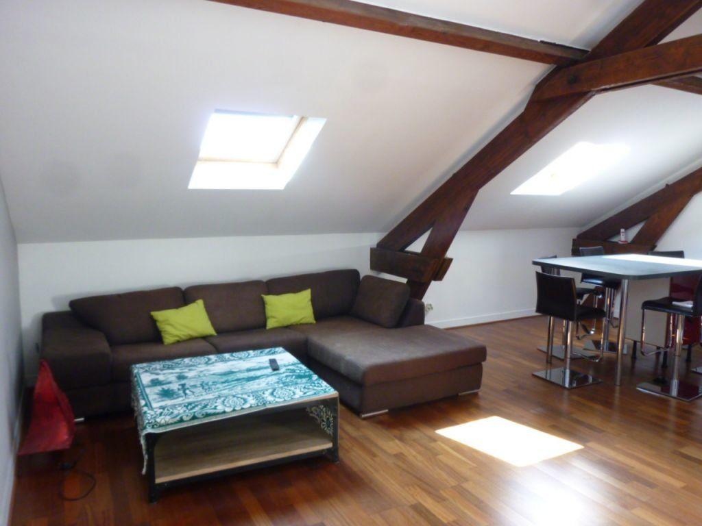Appartement à louer 4 62m2 à Brie-Comte-Robert vignette-2
