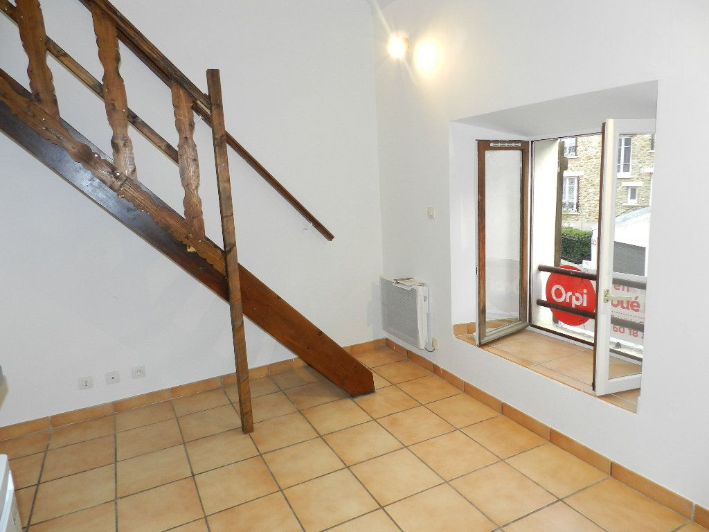 Appartement à louer 1 19.46m2 à Grisy-Suisnes vignette-1