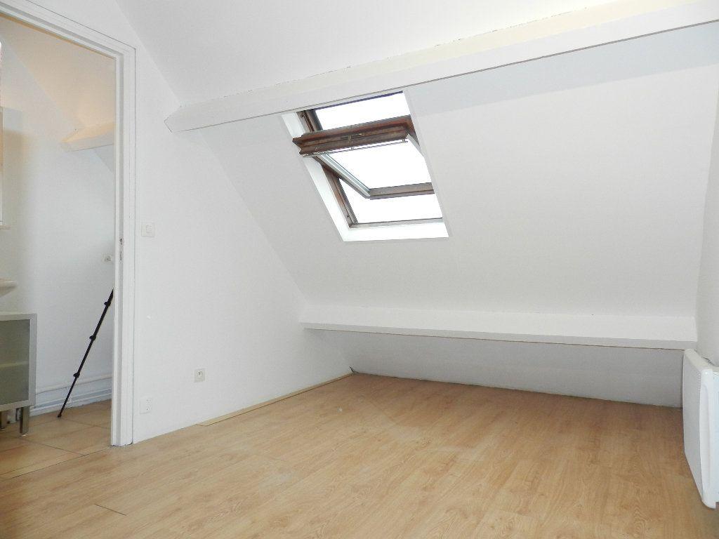 Appartement à louer 1 19.46m2 à Grisy-Suisnes vignette-4